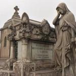 Suspenso y terror Cementerio Presbitero Maestro
